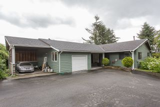 Photo 2: 8240 DEWDNEY TRUNK Road in Mission: Hatzic House for sale : MLS®# R2280836