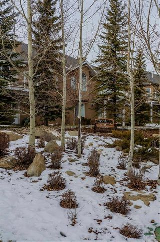 Photo 32: 356 SIGNATURE Court SW in Calgary: Signal Hill Semi Detached for sale : MLS®# C4220141