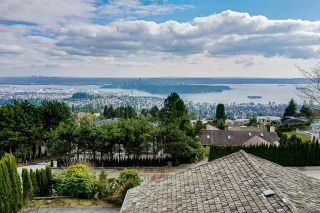 Photo 5: 1425 BRAMWELL Road in West Vancouver: Chartwell House for sale : MLS®# R2561158