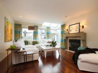 """Photo 10: 1592 ISLAND PARK Walk in Vancouver: False Creek Townhouse for sale in """"LAGOONS"""" (Vancouver West)  : MLS®# V1099043"""