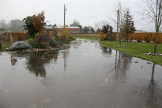 """Photo 18: 7469 WALTERS Street in Abbotsford: Matsqui House for sale in """"2  acres in Matsqui"""" : MLS®# F1127948"""