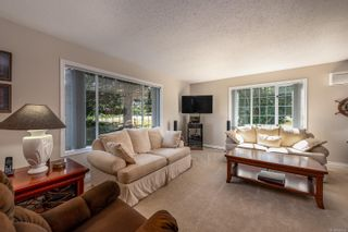 Photo 13: 3830 Laurel Dr in : CV Courtenay South House for sale (Comox Valley)  : MLS®# 854599