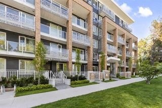 """Photo 1: 202 6933 CAMBIE Street in Vancouver: South Cambie Condo for sale in """"Cambria Park"""" (Vancouver West)  : MLS®# R2587359"""