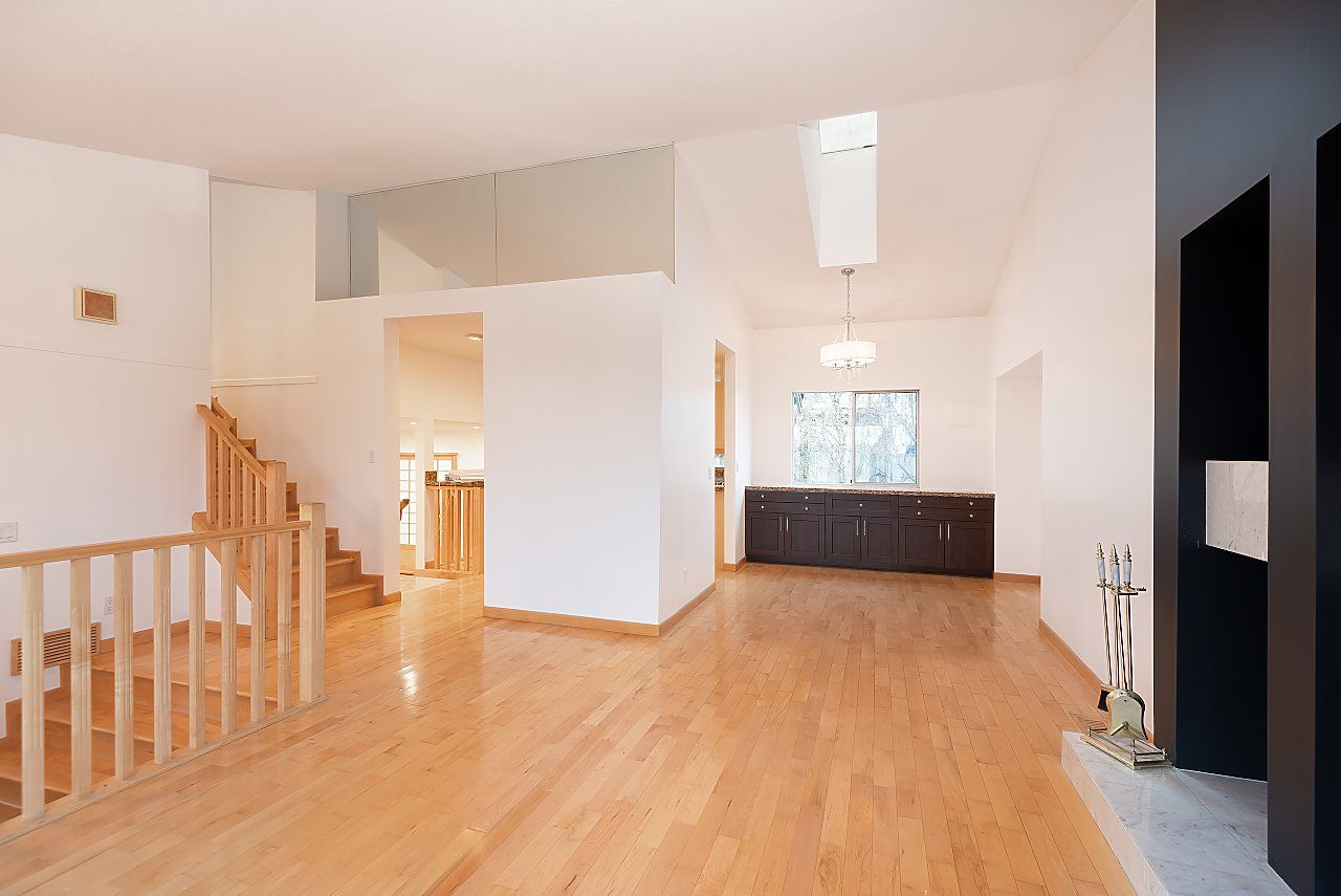 Photo 7: Photos: 1195 DURANT DRIVE in Coquitlam: Scott Creek House for sale : MLS®# R2522080