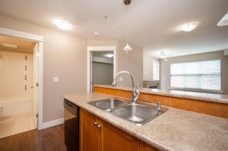 """Photo 14: 308 30515 CARDINAL Avenue in Abbotsford: Abbotsford West Condo for sale in """"TAMARIND WESTSIDE"""" : MLS®# R2573627"""