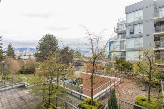 "Photo 19: 301 1425 W 6TH Avenue in Vancouver: False Creek Condo for sale in ""MODENA OF PORTICO"" (Vancouver West)  : MLS®# R2562164"