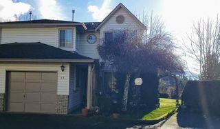 "Photo 3: 13 2575 MCADAM Road in Abbotsford: Abbotsford East Townhouse for sale in ""SUNNYHILL TERRACE"" : MLS®# R2529962"