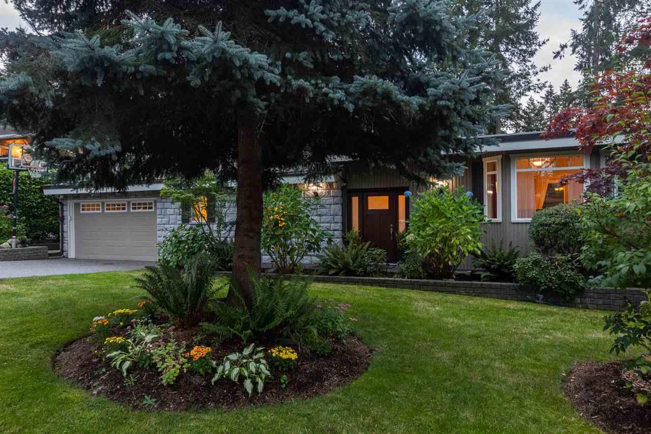 "Photo 33: Photos: 11064 64A Avenue in Delta: Sunshine Hills Woods House for sale in ""SUNSHINE HILLS"" (N. Delta)  : MLS®# R2500699"