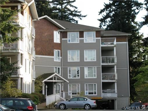Main Photo: 408 893 Hockley Ave in VICTORIA: La Langford Proper Condo for sale (Langford)  : MLS®# 695240
