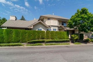 Photo 1: 37 6140 192 Street in Surrey: Cloverdale BC Townhouse for sale (Cloverdale)  : MLS®# R2189554