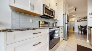 "Photo 3: 1905 6837 STATION HILL Drive in Burnaby: South Slope Condo for sale in ""Claridges"" (Burnaby South)  : MLS®# R2556249"