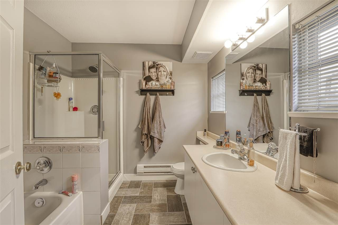 """Photo 14: Photos: 104 12099 237 Street in Maple Ridge: East Central Townhouse for sale in """"GABRIOLA"""" : MLS®# R2436710"""