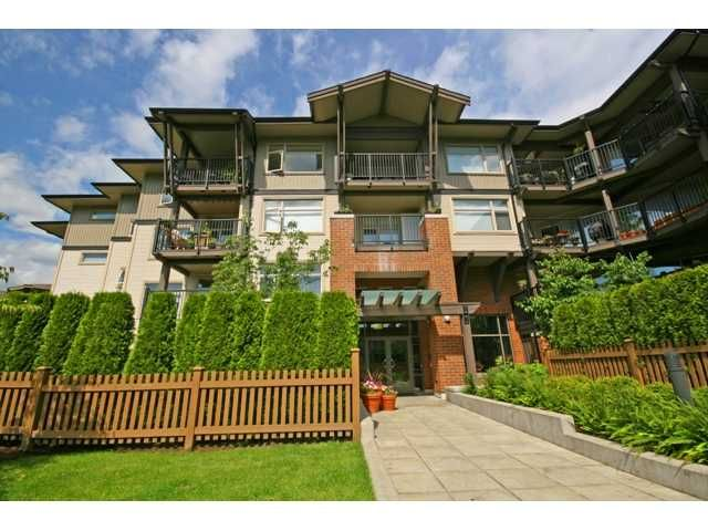 "Main Photo: 413 400 KLAHANIE Drive in Port Moody: Port Moody Centre Condo for sale in ""TIDES AT KLAHANIE"" : MLS®# V842063"