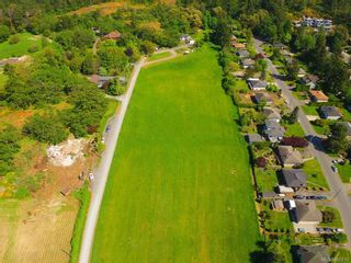 Photo 1: 4525 Blenkinsop Rd in : SE Blenkinsop House for sale (Saanich East)  : MLS®# 868710