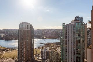 """Photo 11: 2401 1238 RICHARDS Street in Vancouver: Yaletown Condo for sale in """"METROPOLIS"""" (Vancouver West)  : MLS®# R2249261"""