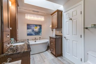 """Photo 10: 16566 28 Avenue in Surrey: Grandview Surrey House for sale in """"Grandview - Area 5"""" (South Surrey White Rock)  : MLS®# R2166549"""