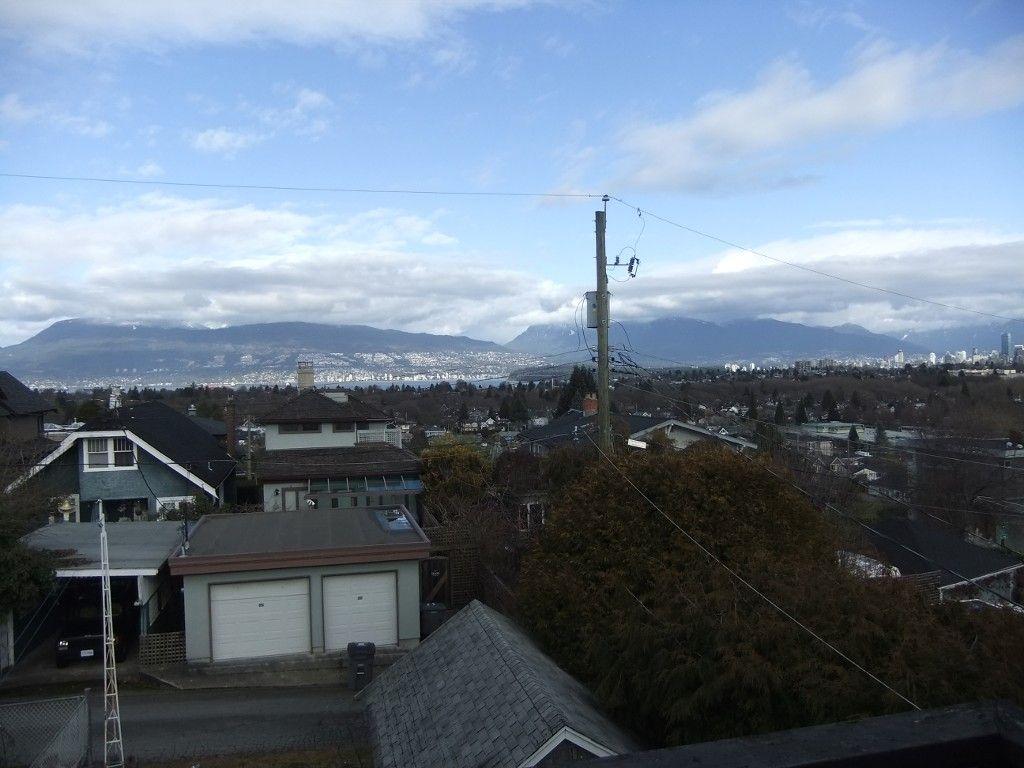 Main Photo: 3253 W 21ST AV in Vancouver: Dunbar House for sale ()  : MLS®# V1051374