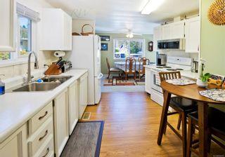 Photo 3: 30 4935 Broughton St in Port Alberni: PA Port Alberni Manufactured Home for sale : MLS®# 869855