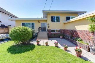 "Photo 2: 4567 48B Street in Delta: Ladner Elementary House for sale in ""LADNER ELEMENTARY"" (Ladner)  : MLS®# R2169829"