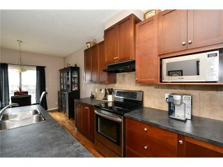 Photo 13: 193 ROYAL CREST VW NW in Calgary: Royal Oak House for sale : MLS®# C4107990