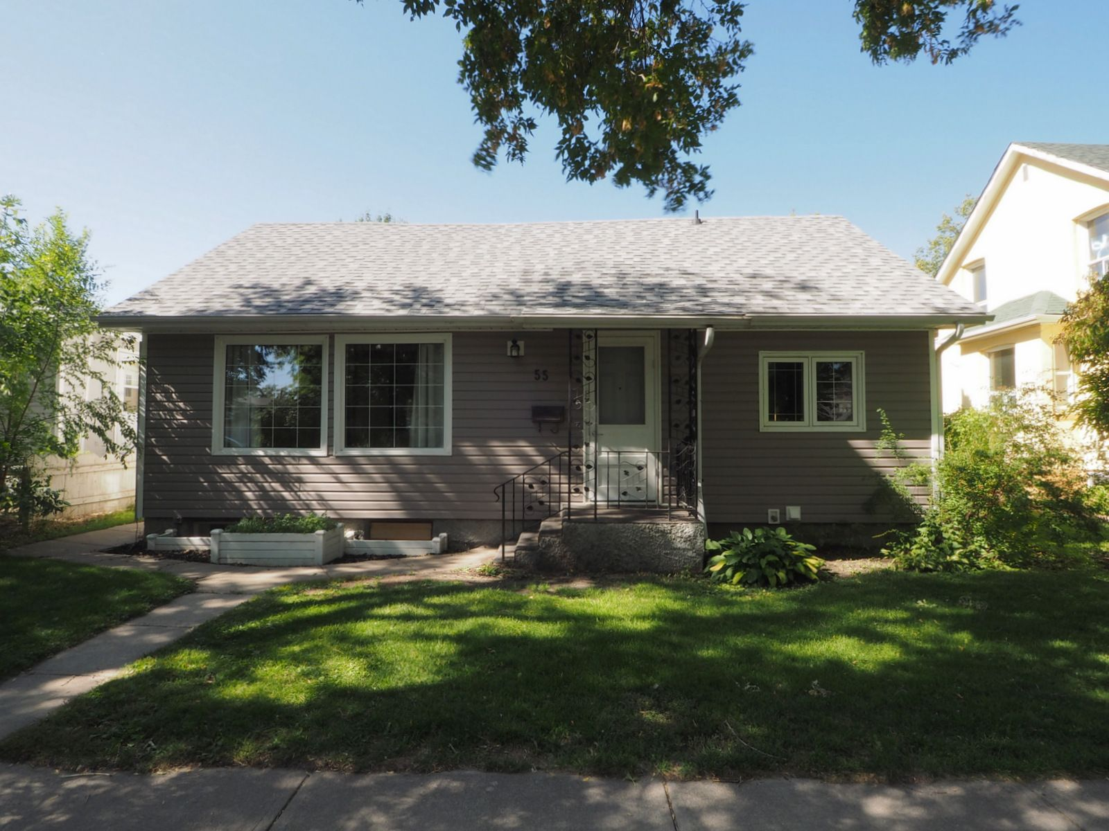 Main Photo: 55 3rd Street NW in Portage la Prairie: House for sale : MLS®# 202023274