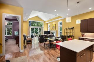 Photo 2: 121 3640 Propeller Pl in : Co Royal Bay Row/Townhouse for sale (Colwood)  : MLS®# 875440