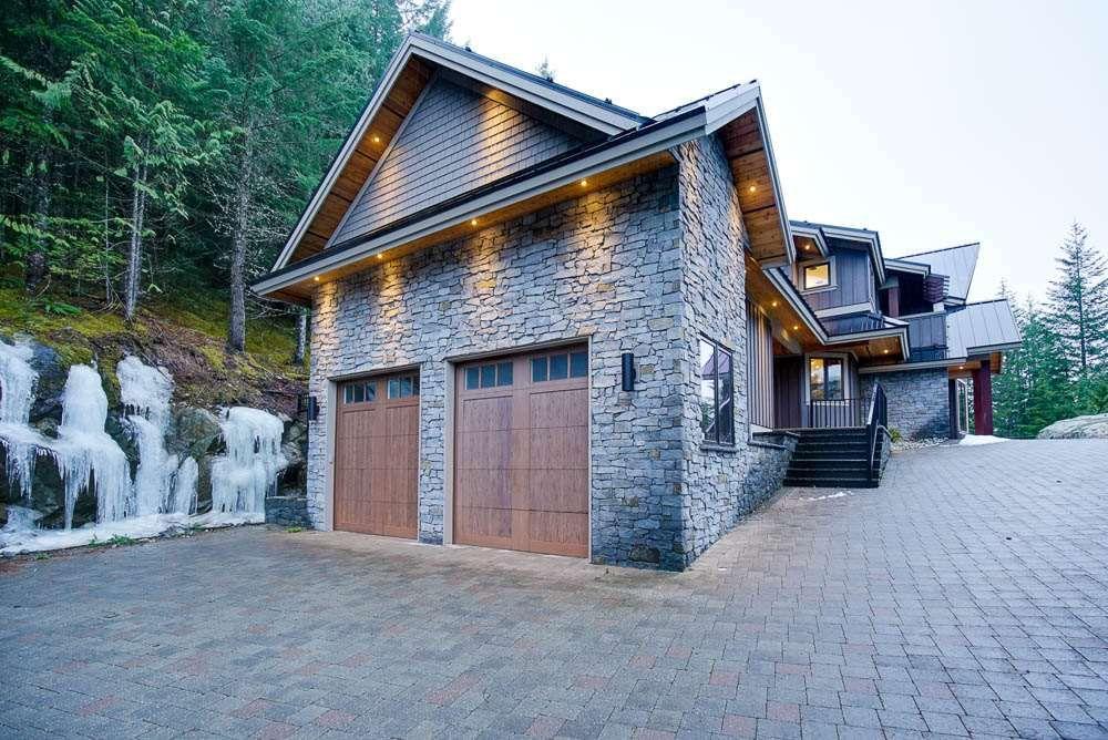 "Main Photo: 1597 TYNEBRIDGE Lane in Whistler: Spring Creek House for sale in ""SPRING CREEK"" : MLS®# R2018115"