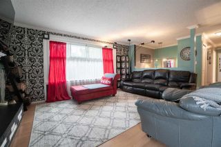 Photo 6: 46353 ANGELA Avenue in Chilliwack: Chilliwack E Young-Yale House for sale : MLS®# R2590210