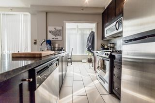 """Photo 8: 706 1001 HOMER Street in Vancouver: Yaletown Condo for sale in """"BENTLEY"""" (Vancouver West)  : MLS®# R2219801"""