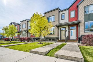 Main Photo: 686 Copperpond Boulevard SE in Calgary: Copperfield Row/Townhouse for sale : MLS®# A1149094