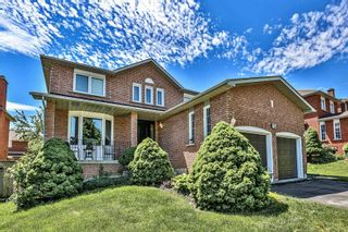 Photo 2: 124 Goldsmith Crescent in Newmarket: Armitage House (2-Storey) for sale : MLS®# N4792301