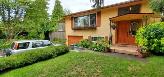 """Photo 3: 12855 MARINE Drive in Surrey: Crescent Bch Ocean Pk. House for sale in """"Ocean Park"""" (South Surrey White Rock)  : MLS®# R2585450"""