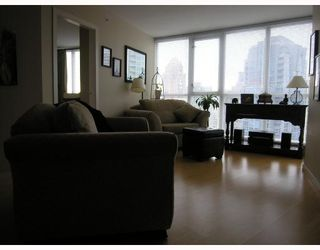 """Photo 4: 1907 1199 SEYMOUR Street in Vancouver: Downtown VW Condo for sale in """"BRAVA"""" (Vancouver West)  : MLS®# V742072"""