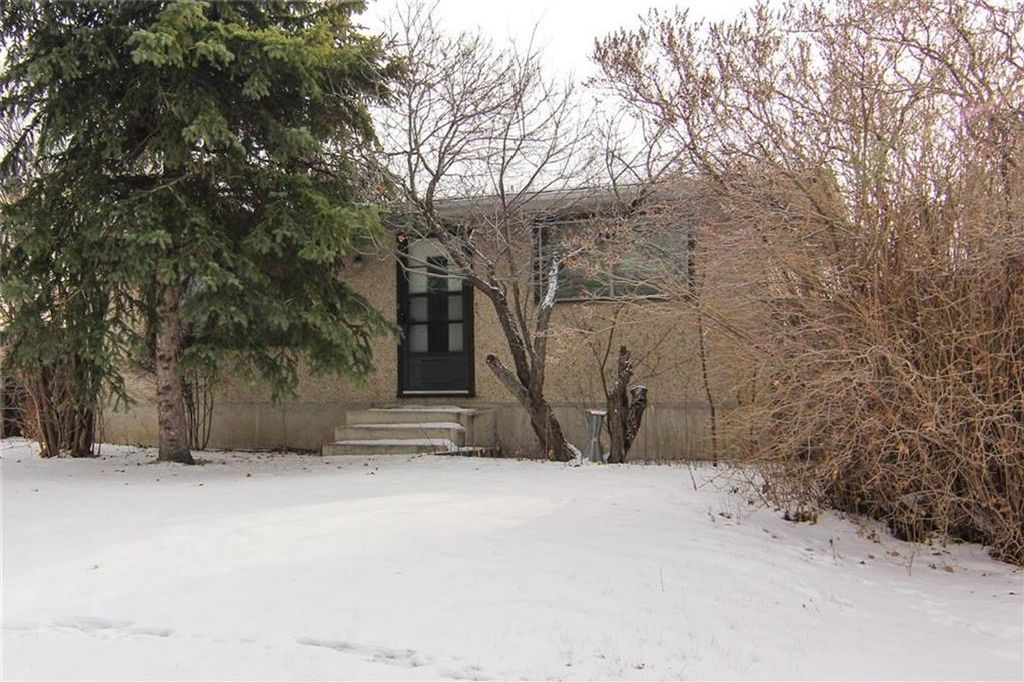 Main Photo: 3244 31A Avenue SE in Calgary: Dover House for sale : MLS®# C4145966