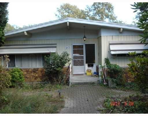 "Main Photo: 8270 ELLIOTT Street in Vancouver: Fraserview VE House for sale in ""FRASERVIEW"" (Vancouver East)  : MLS®# V669977"