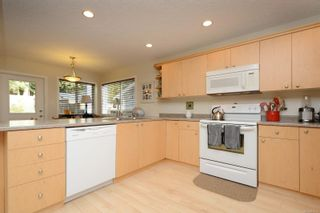 Photo 8: 6664 Rhodonite Dr in : Sk Broomhill Half Duplex for sale (Sooke)  : MLS®# 851438