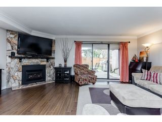 """Photo 7: 6 7551 140 Street in Surrey: East Newton Townhouse for sale in """"Glenview Estates"""" : MLS®# R2244371"""