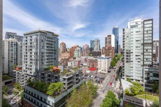 """Photo 1: 1501 989 RICHARDS Street in Vancouver: Downtown VW Condo for sale in """"MONDRIAN ONE"""" (Vancouver West)  : MLS®# R2171002"""