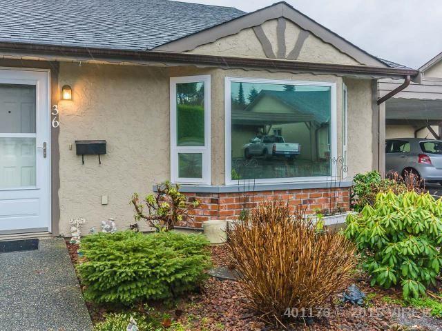 Main Photo: 36 103 Ashlar Avenue: House for sale : MLS®# 401176