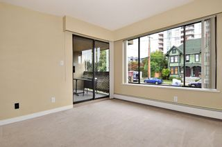 "Photo 4: 202 436 SEVENTH Street in New Westminster: Uptown NW Condo for sale in ""REGENCY COURT"" : MLS®# R2099658"
