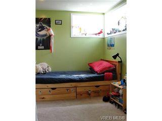 Photo 17: 542 Joffre St in VICTORIA: Es Saxe Point House for sale (Esquimalt)  : MLS®# 669680