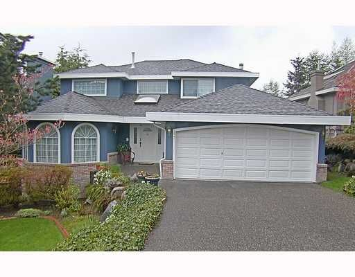Main Photo: 47 WILDWOOD Drive in Port Moody: Heritage Mountain House for sale : MLS®# V643779