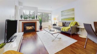 """Photo 3: 204 1623 E 2ND Avenue in Vancouver: Grandview Woodland Condo for sale in """"GRANDVIEW MANOR"""" (Vancouver East)  : MLS®# R2502510"""