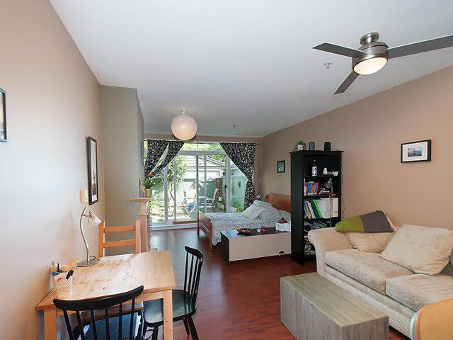 "Photo 4: Photos: 104 2929 W 4TH Avenue in Vancouver: Kitsilano Condo for sale in ""THE MADISON"" (Vancouver West)  : MLS®# V1122128"