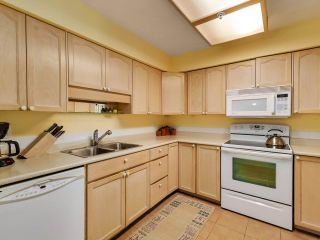"Photo 12: 77 19160 119 Avenue in Pitt Meadows: Central Meadows Townhouse for sale in ""WINDSOR OAK"" : MLS®# R2549248"