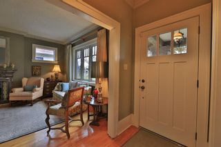 Photo 6: 108 7 Avenue NW in Calgary: Crescent Heights Detached for sale : MLS®# A1154042