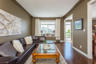 """Photo 3: 36 36260 MCKEE Road in Abbotsford: Abbotsford East Townhouse for sale in """"King's Gate"""" : MLS®# R2384243"""