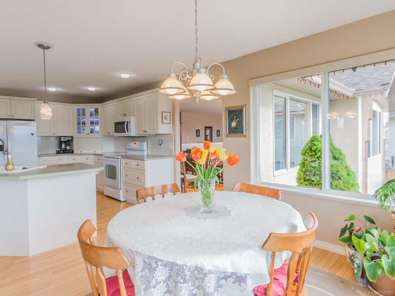 Photo 6: Photos: 5371 HIGHRIDGE PLACE in NANAIMO: Na North Nanaimo House for sale (Nanaimo)  : MLS®# 786399