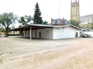 Photo 4: 106 Athabasca Street East in Moose Jaw: Hillcrest MJ Commercial for sale : MLS®# SK838490