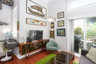 """Photo 1: 1027 E 20TH Avenue in Vancouver: Fraser VE Townhouse for sale in """"WINDSOR PLACE"""" (Vancouver East)  : MLS®# R2458646"""